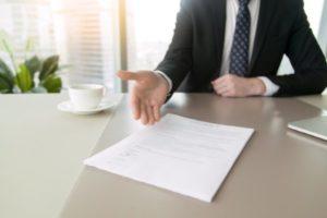 оказание консультационных услуг